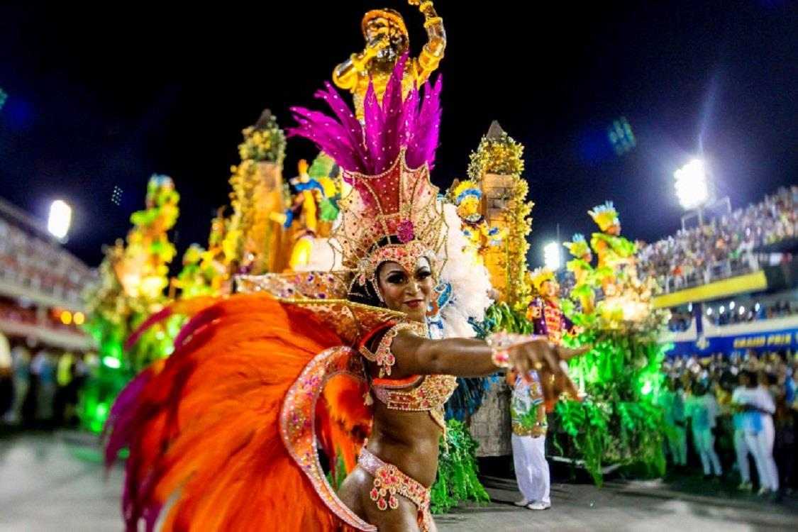 только фото танцующих бразильянок насекомые настолько красивы